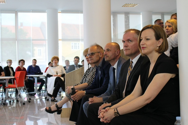 Otvoreno pet regionalnih centara obrazovanja e-Škole