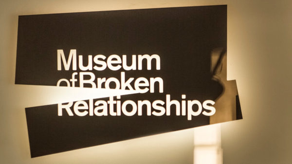 "Infinum napravio ""Brokenships"""