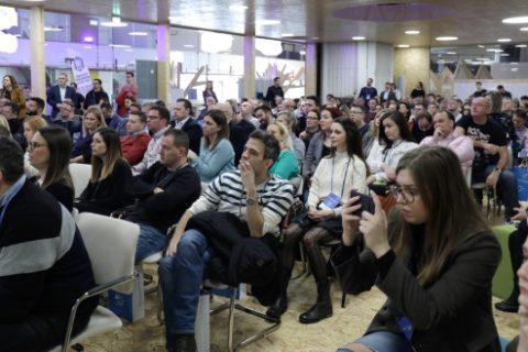 Većina hrvatskih web trgovina po principu 'sam svoj majstor'