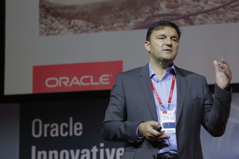 Marin Tadić, Oracle