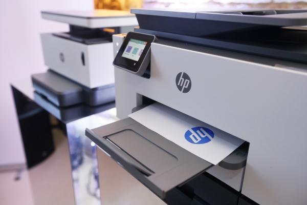 HP pametni pisači i alati za uštedu vremena za male tvrtke