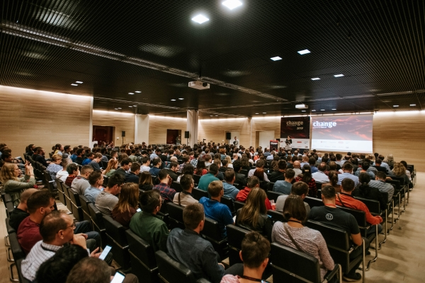 Change konferencija: Brojni strani predavači i raznolikost tema