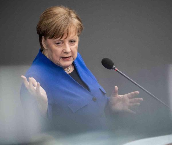 Merkel traži jedinstveni stav EU o Huaweievoj 5G tehnologiji