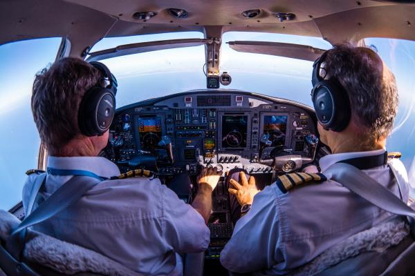Uvođenje satelitske komunikacije u civilnom zrakoplovstvu