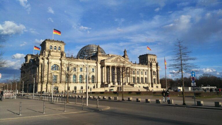 Njemačka ne isključuje Huawei iz 5G mreža