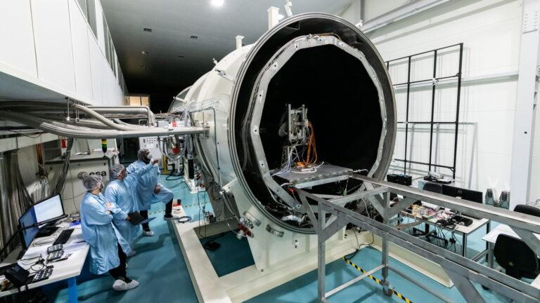 Ispitivanje radio signala u svemirskim uvjetima