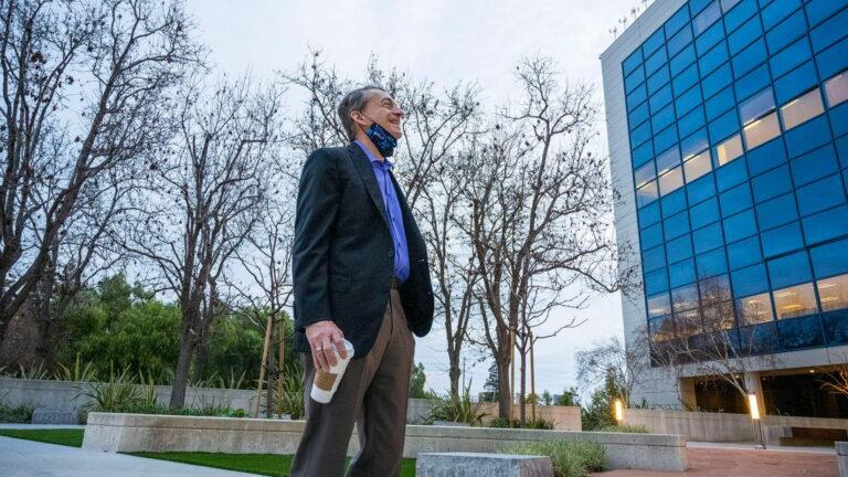 Intelov plan kontrole industrije poluvodiča